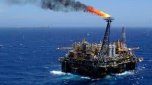 Levante Ideias - Petróleo Petrobrás Plataforma