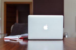 Levante Ideias - Apple