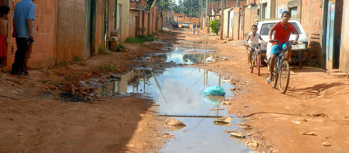 Levante Ideias - Esgoto saneamento básico