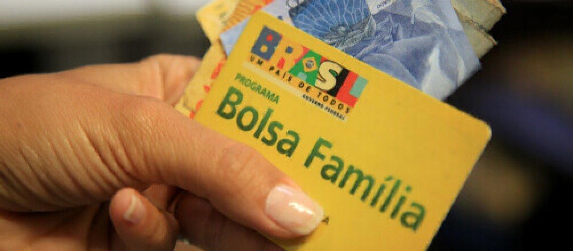 Levante Ideias - Bolsa Família