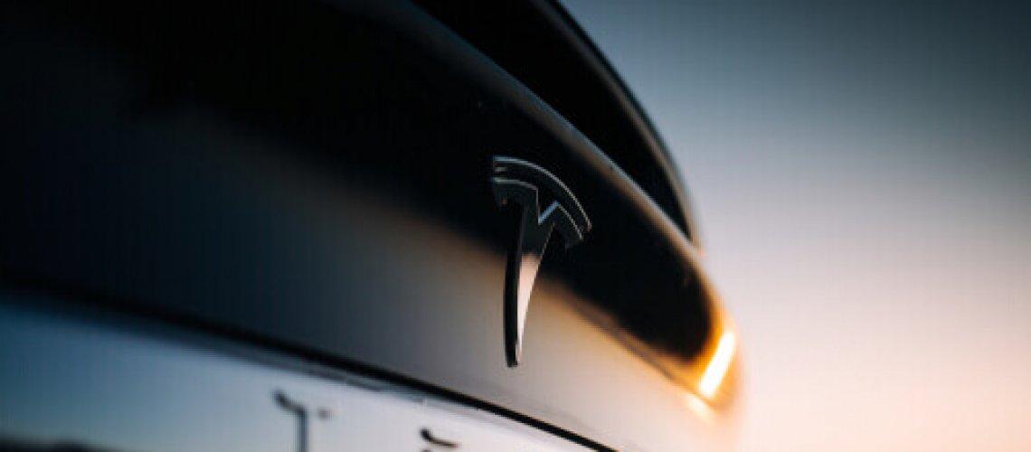Levante Ideias - Tesla