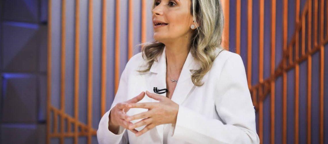 Poder em Foco com Fernando Rodrigues em parceria editorial do Poder 360 com o SBT, entrevista ministro a médica pesquisadora Ludhmila Hajjar. Sérgio Lima/Poder360 07.Abr.2020