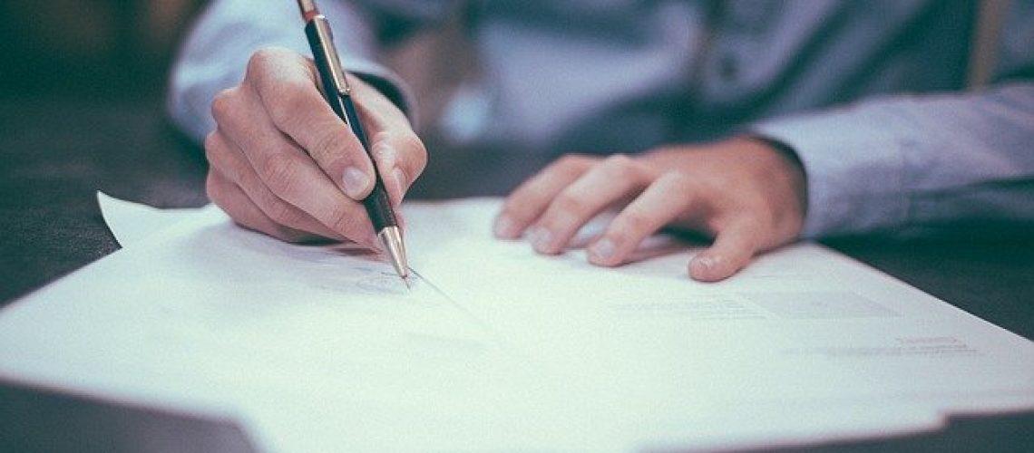 Levante Ideias - Contratos